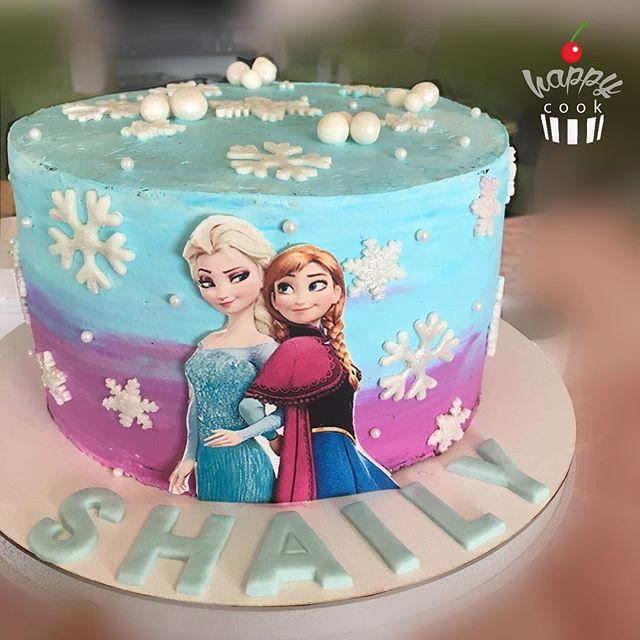 Torta sencilla de Frozen con aplique impreso
