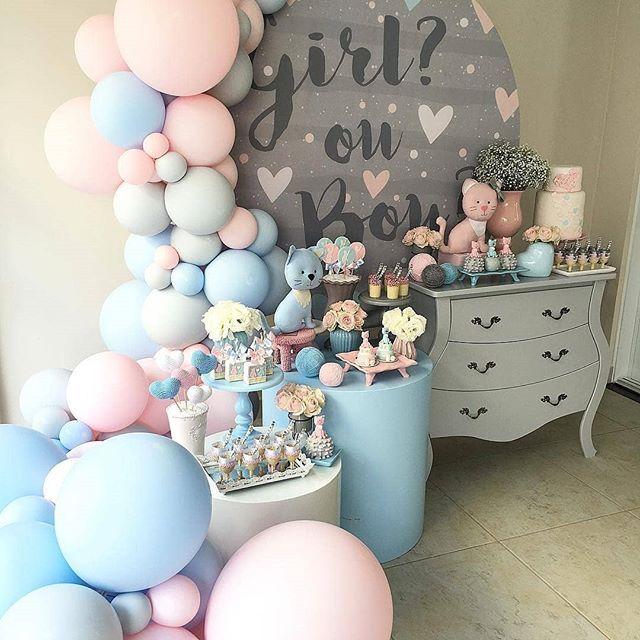 Decoración sobria en gris, rosa con decorado niño o niña